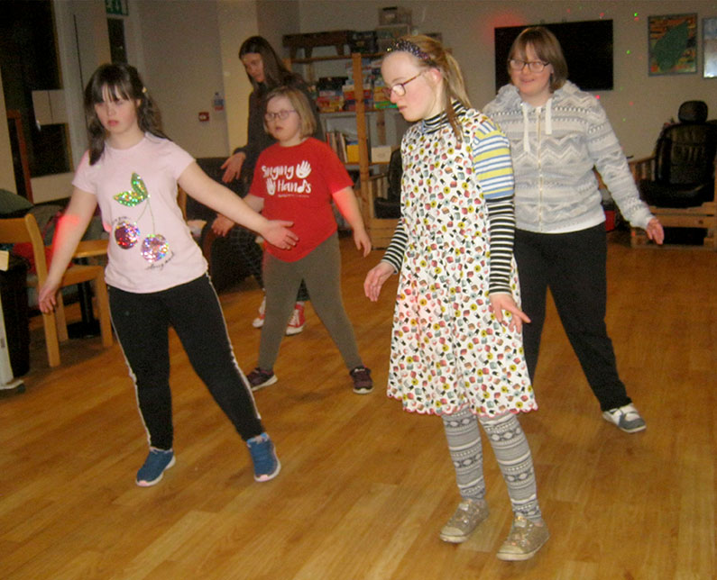 Become a Youth Club Volunteer